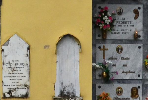 Cemetery, Collesino, Lunigiana