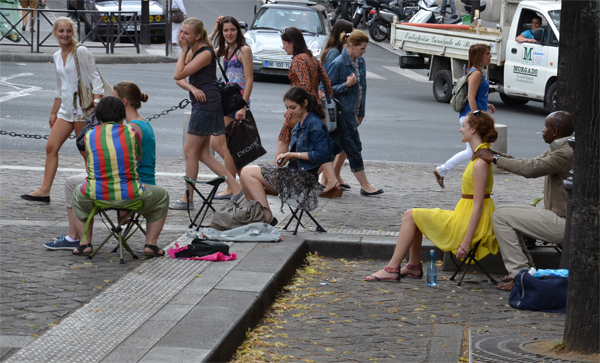 Women Laughing, Paris, 2012