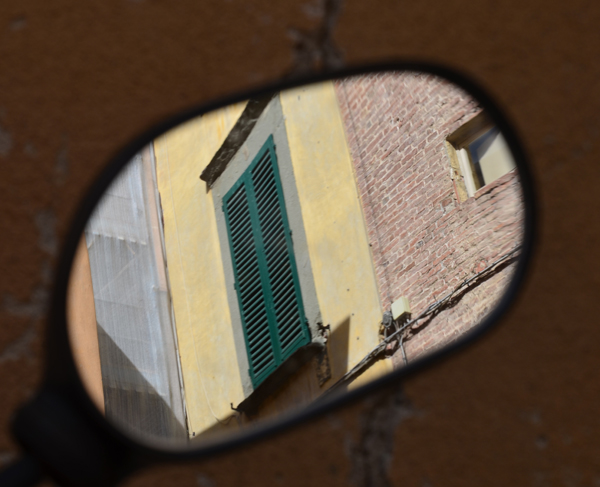 Scooter Mirror, Lucca