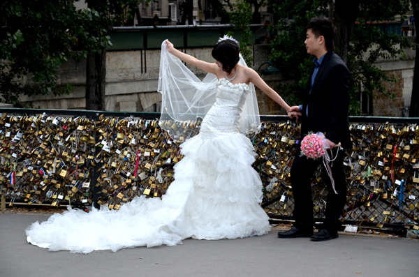 Bride and Groom, Pont de l'Archevêché, Paris, 2012