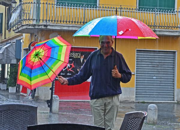 Johnny Vaughn, Via Antonio Gramsci, Sarzana, Liguria
